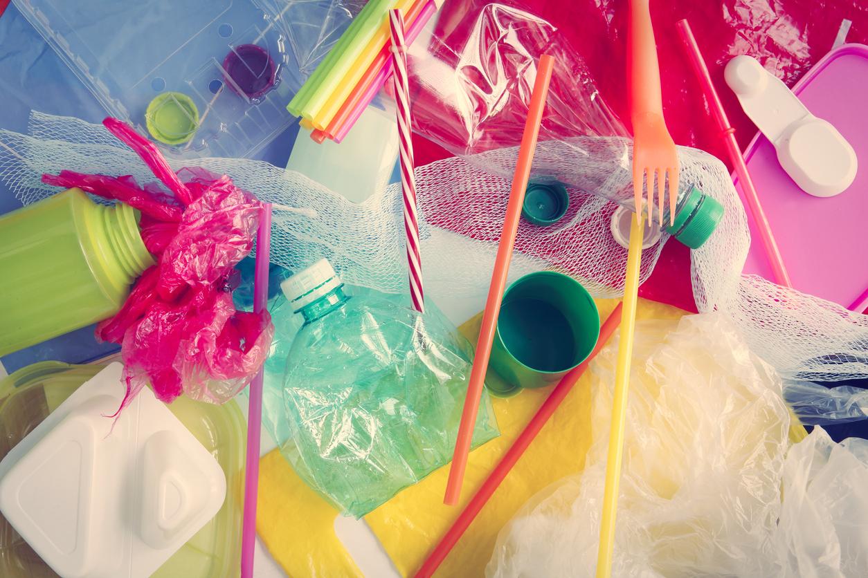 Menjadikan Sampah Plastik Sebagai Penghasilan Menguntungkan